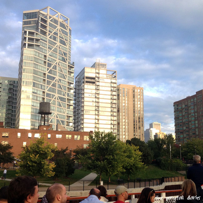 Chicago Skyline, river architecture tour {the ponytail diaries}