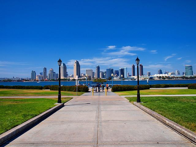Coronado Bike Path Skyline - San Diego Running