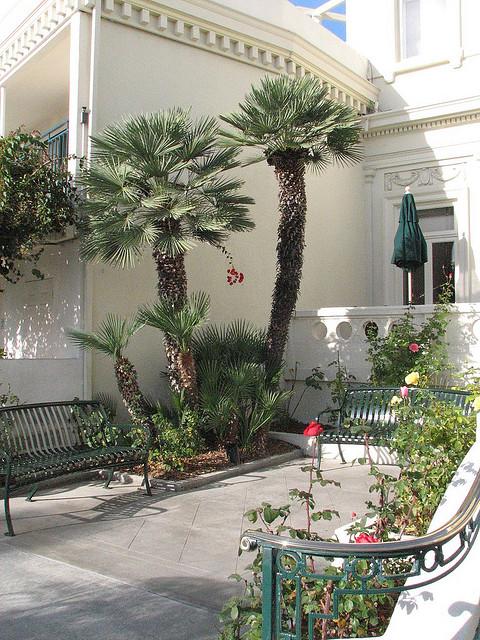Coronado Courtyard - San Diego Running